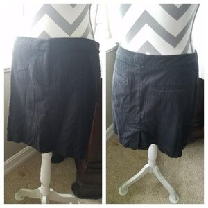 Izod Black on Black Pinstriping Golf Skirt Size 8